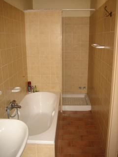 One of the 4 Bathroom