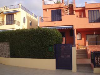 VILLA NEARBY GOLF AND BEACH IN MELONERAS, Costa Meloneras