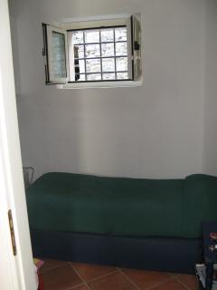 Camera da letto di servizio per domestica