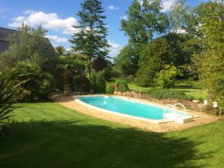 Maison de charme avec piscine, Broons