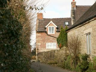 Situated in a quiet country lane, easily accessible whilst being quiet and peaceful.
