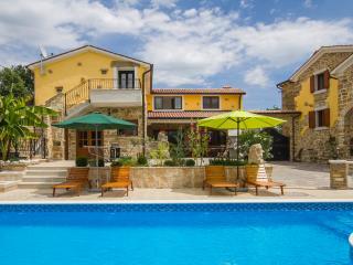 Villa Karlici - Spacious villa in Eastern Istria, Labin