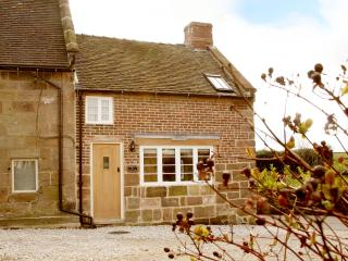 Holly Cottage - a touch of luxury in the Derbyshire Dales.