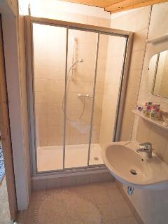 Generous double shower cubicles en suite with sink and toilet. Hairdryers provided
