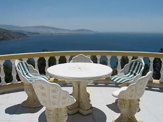 "Villa ""La Galera"" fantastic sea views, WiFi, Almunecar"