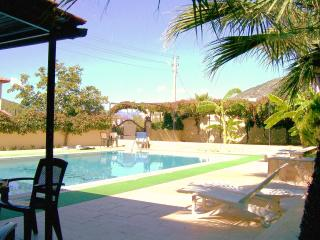 Barbeque beside the pool - everyday if you wish!