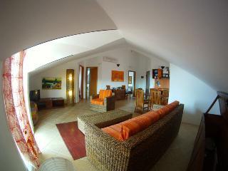 Casa Bahia 10 Elegante tutto Super 2 camere 125mq., Santa Maria