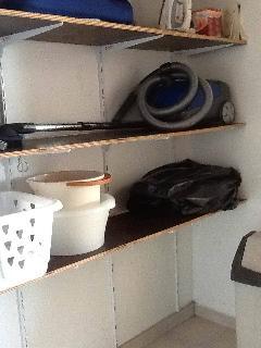 cellier: étagéres rangements