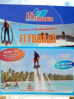 Activités nautiques à proximité immédiate (fly board)