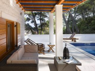 Outdoor lounge for total relaxation