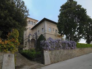 Villa la Moresca with pool near Florence and Pisa