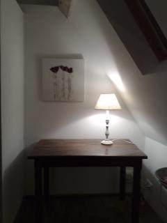 Secret letters - secretary in bedroom upstairs