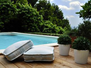 Villa la Moresca with pool near Florence and Pisa