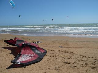 Andromeda kite surfer paradise