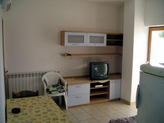 Apartment for 3 people near beach, bike trails