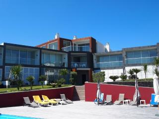 Marina Mar II: Luxury duplex by the beach, Vila Franca do Campo