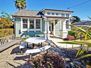 Point Break Beach Cottage, Santa Cruz