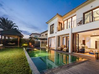 Oceanview Villa 038 - Stunning Sea Front villa