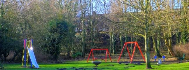 Children's play area nearby