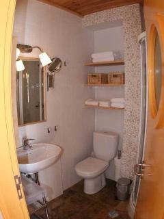 bathroom amarelo