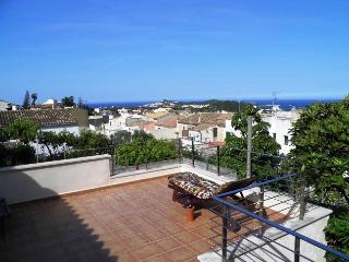 ZEN Townhouse Mallorca Northcoast with sea Views, Capdepera