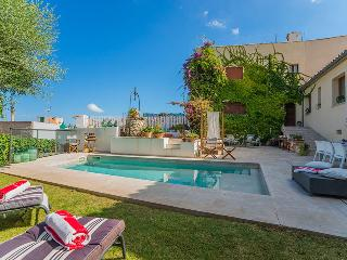 Villa Isabel, Pollensa Centre,  with private pool