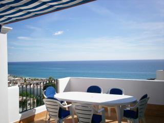 luxury  with stunning seaviews and 2 huge terraces