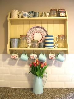 Country kitchen shelves