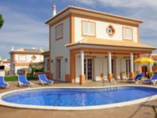 Villa Ribeiro I - BEST LOW PRICES, Olhos de Água