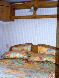 Double Bedroom w26