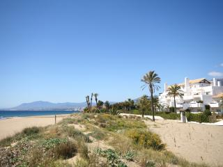 1268 - 3 bed apartment, Los Monteros Palm Beach, Marbella