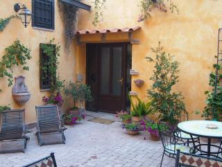 St. Peter area, courtyard, parking, terrace, WIFI