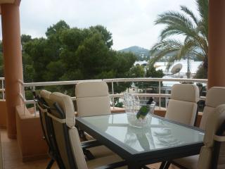 Luxury 2bedr.apt.2min.beach, Ibiza