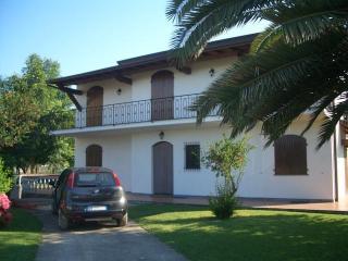 Villa Montignoso, Cinquale