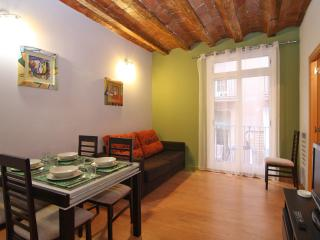Colourful Flat Near Las Rambla