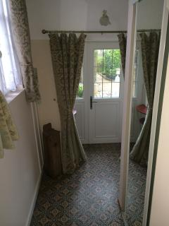 Apartment - Your entrance hall - with access to garden and drive
