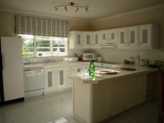 Fairway Villa spacious kitchen
