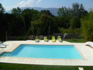 Villa Amelie- views, large heated pool, WiFi
