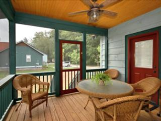 Dine on the Covered/Screened Porch