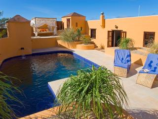 Totally Secluded, Spacious Villa With Private Heat, Yaiza