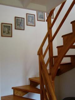 gravures anglaises dans l'escalier
