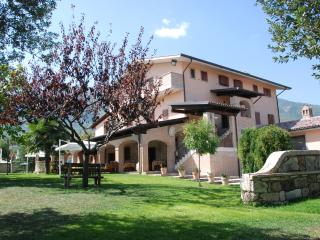 Il Piacere Country House