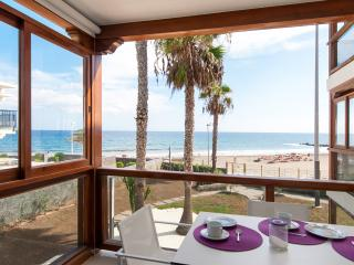 Apartamento pie de playa-Papag