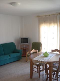 Living room, view 1