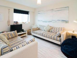 Apartment 7 Ocean 1 Pentire, Newquay