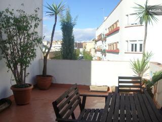 Centro room  lujo+terraza, bed 1,80x2 m+ desayuno, Sevilla