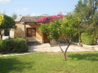 Villa Carcano - dépendance, Trani