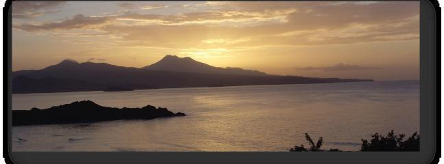 Vue exceptionnelle sur le Nord de la Martinique et la Montagne Pelée.