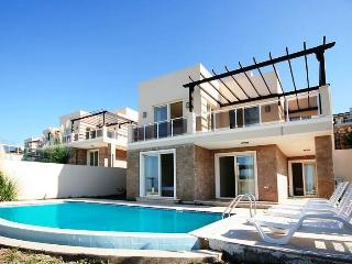 Bodrum Sea View Adabuku Residence 3 Bedrooms Villa, Península de Bodrum