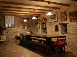 Il Vecchio Torchio b&b rental, Santa Vittoria in Matenano